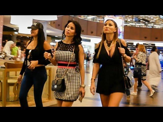 Dubai Mall – World's largest Shopping Mall