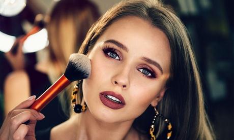 Make-Up Artist Online Course